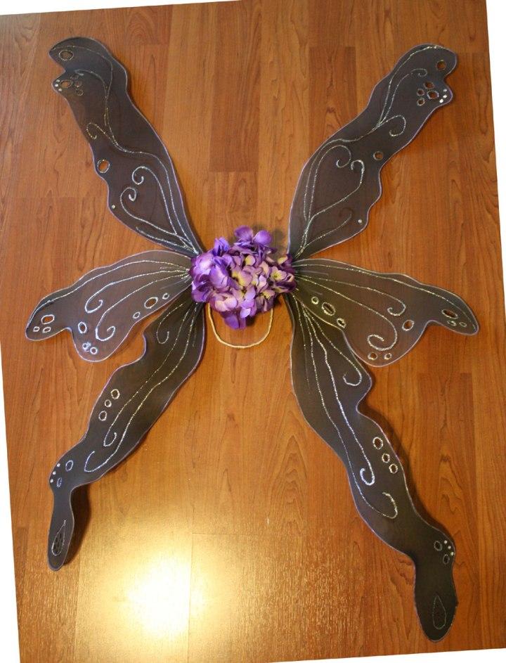 DIY adult fairy wings by Marie Spaulding on https://mariespaulding.wordpress.com